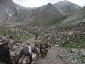 07 Descending into valley